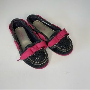Toddler girls Sperry loafers. Size 8.5.